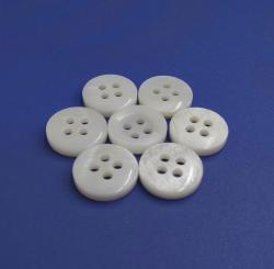 Natural White Polished Chinese River Cuff Shell Buttons