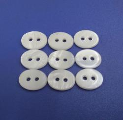 Classic Fisheye Shaped Two Holes White Distinctive Buttons