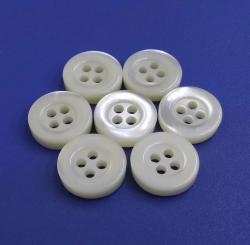 Standard Sizes Bowl Style Natural White Trocas Shell Buttons