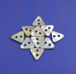 Fashionable Triangle Stylish Two Holes Natural Agoya Shell Buttons